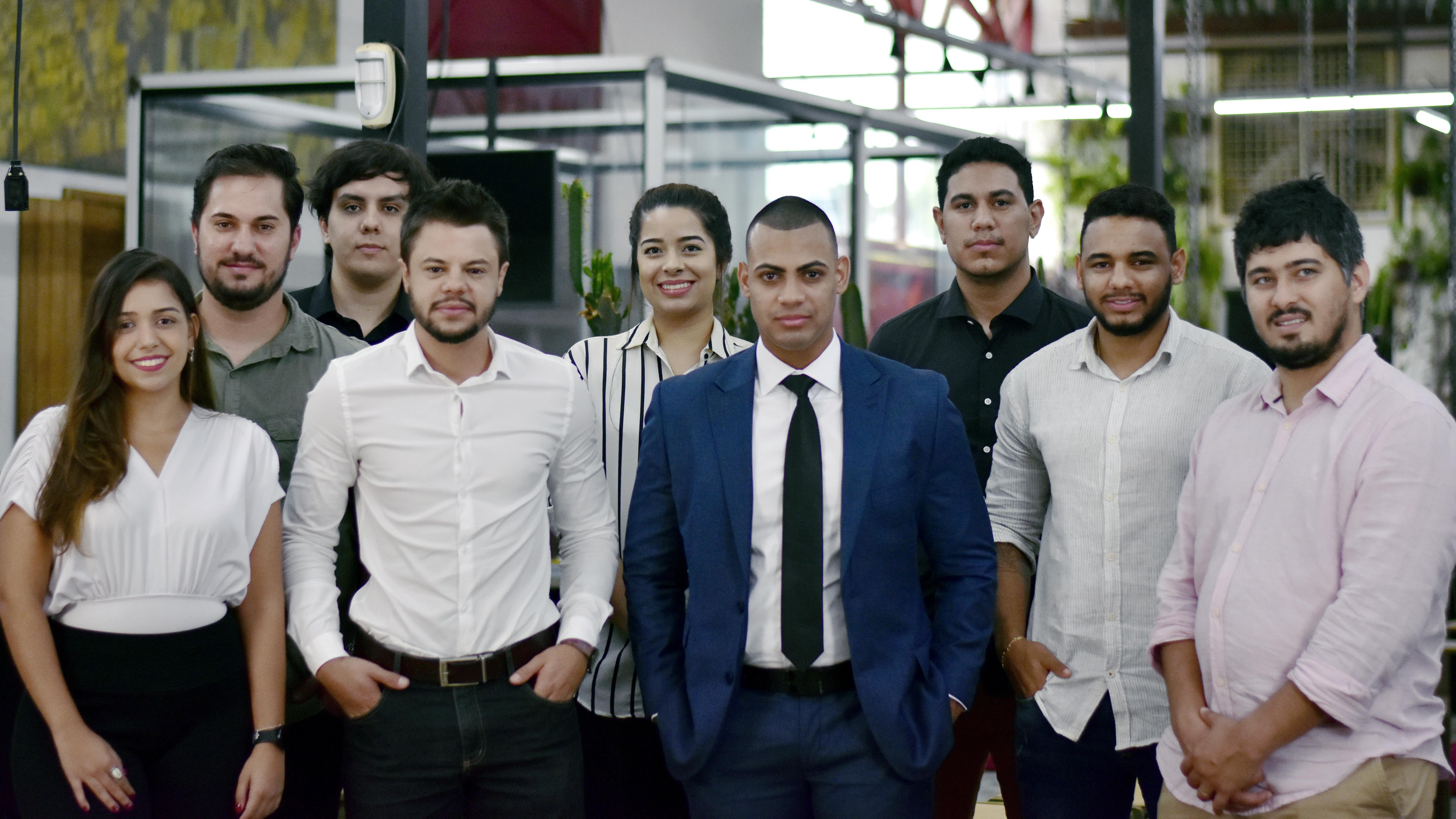 Equipes da CroSoften e da Harrison Investimentos em visita à sede da CroSoften em Uberlândia.